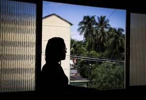 Excesso e pressão no trabalho levaram Danielle Ribeiro à depressão e síndrome do pânico Foto: Guito Moreto / Agência O Globo