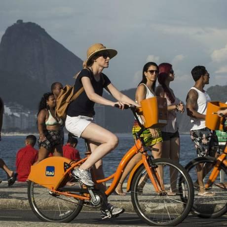 Itaú vai produzir as próprias bibicletas Foto: Guito Moreto / Agência O Globo
