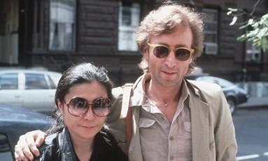 John Lennon e Yoko Ono em Nova York, em agosto de 1980: o ex-Beatle seria assassinado em dezembro do mesmo ano Foto: STEVE SANDS / AP