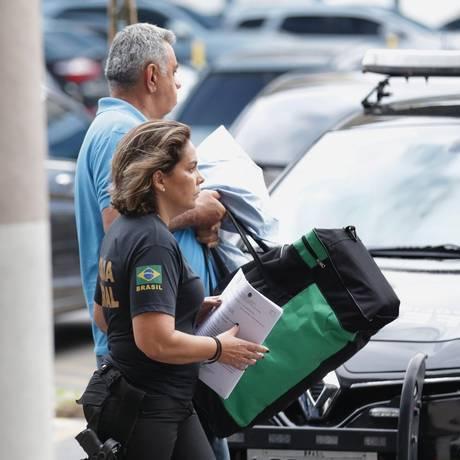 Jorge Picciani após se entregar na sede da PF no Rio Foto: Marcio Alves / Agência O Globo
