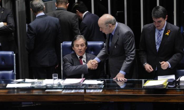 Senado aprova voto distrital misto para eleições de 2021