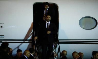 Hariri desembarca em Beirute Foto: MOHAMED AZAKIR / REUTERS