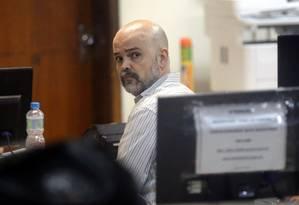 Diretor da unidade de São Cristóvão do Colégio Pedro II, Bernardino Matos, foi preso e liberado em seguida Foto: Márcio Alves / Agência O Globo
