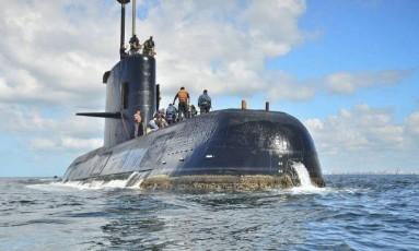 O ARA San Juan é visto ancorado em Buenos Aires Foto: Marinha argentina/AP