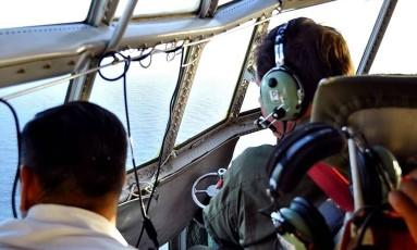 Correndo contra o relógio, busca aérea vai atrás de vestígios do submarino ARA San Juan Foto: HANDOUT / AFP