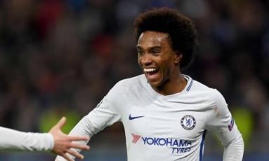 Willian comemora um de seus dois gols pelo Chelsea Foto: Reprodução