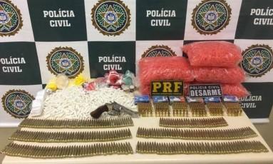 Material encontrado em Magé foi apreendido Foto: Divulgação/Polícia Civil