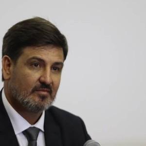 O diretor-geral da Polícia Federal, Fernando Segovia Foto: Jorge William / Agência O Globo