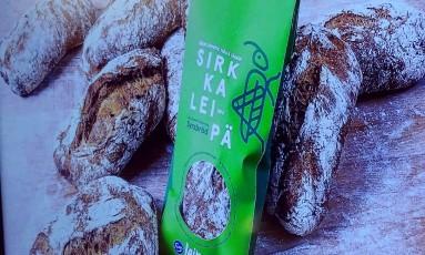 Empresa Fazer, na Finlândia, lança o pão de insetos. Attila Cser/Reuters