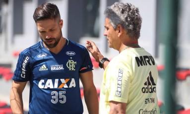 Diego e Rueda estarão em ação no Maracanã Foto: Gilvan de Souza/Flamengo