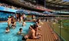 Estádio australiano constrói piscina no meio de arquibancada Foto: Reprodução/Twitter