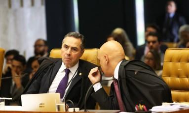 Os Ministros Luis Roberto Barroso e Alexandre de Moraes Foto: Ailton de Freitas / Agência O Globo