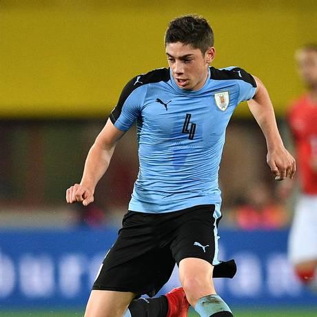 Federico Valverde marcou gol na estreia pela seleção uruguaia Foto: JOE KLAMAR / AFP