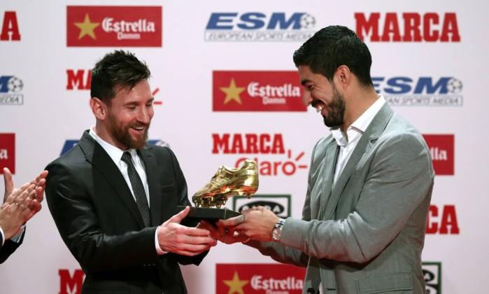 Messi recebe a quarta Bota de Ouro