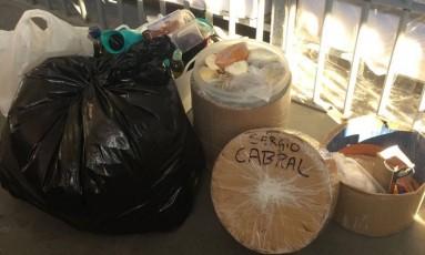 Alimentos encontrados na cela de Sérgio Cabral Foto: Divulgação MPRJ