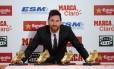 Messi e suas quatro Chuteiras de Ouro Foto: JOSEP LAGO / AFP