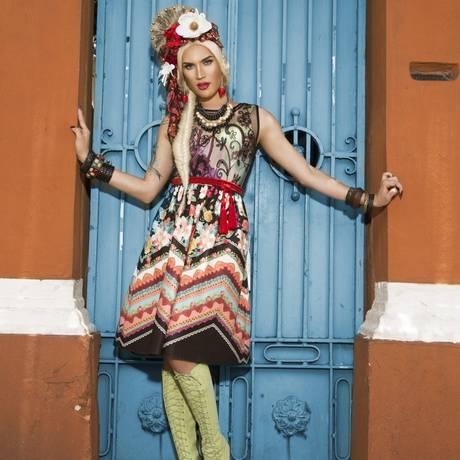 Aretuza Lovi em ensaio para o ELA Foto: Alex Santana