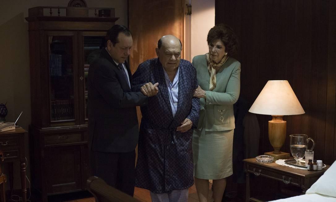 Othon Bastos (centro), de 84 anos, quer atuação 'verdadeira' Foto: Desirée do Valle / Divulgação / Desirée do Valle / Divulgação