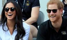 A atriz americana Meghan Markle ao lado de seu noivo, o príncipe Harry Foto: Instagram / Reprodução