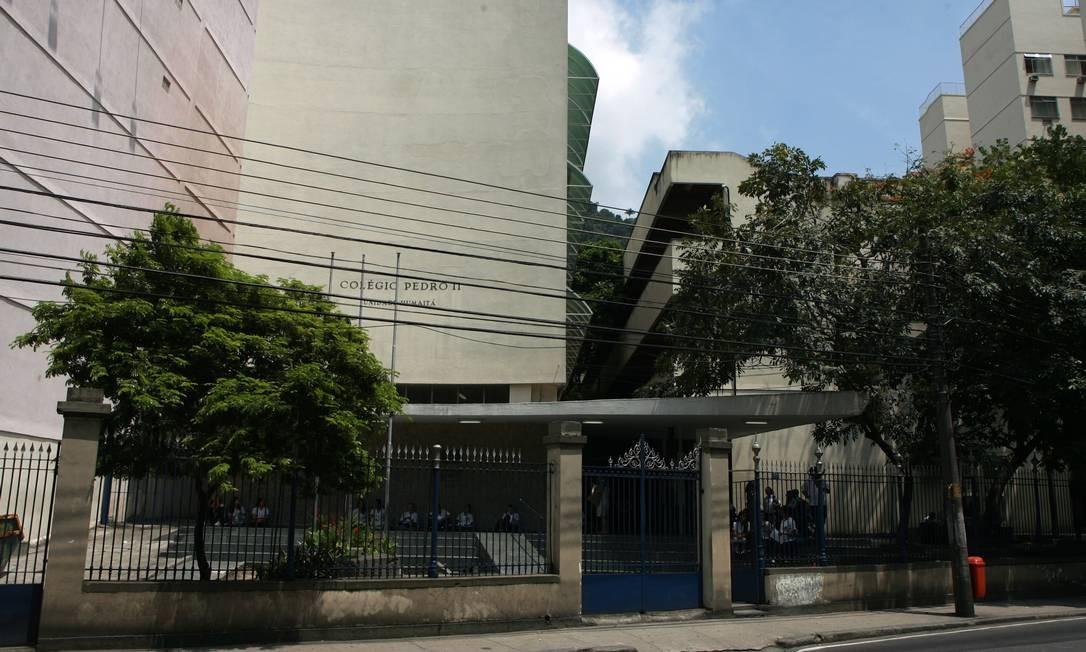 Ums operação da Polícia Federal apreendeu estudantes no Colégio Pedro II, no Humaitá, na Zona Sul, na sexta-feira Foto: Hudson Pontes