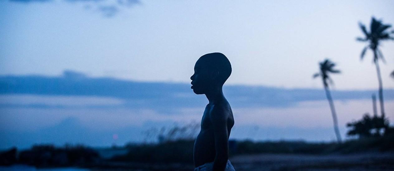 O jovem ator Alex R. Hibbert em cena de 'Moonlight: Sob a Luz do Luar' Foto: Divulgação