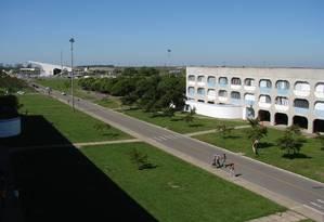 A Uenf, localizada em Campos, no interior do Rio, é uma das universidades com maior conceito Foto: Divulgação