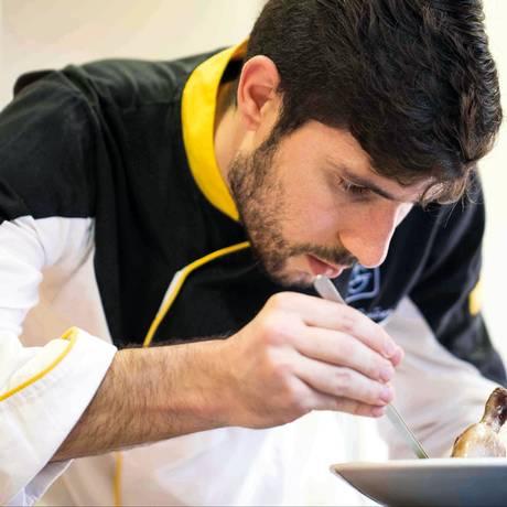 O chef Luis Simões, autor de 'Os sabores da língua portuguesa' Foto: Jorge Simão