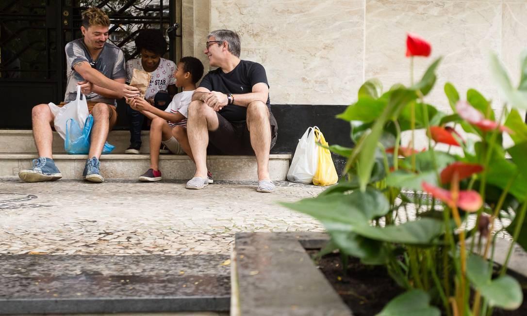 A exposição propõe uma aproximação da realidade comum das novas configurações familiares, que ainda carecem de visibilidade, respeito e reconhecimento. Foto: Divulgação