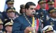 O presidente da Venezuela, Nicolás Maduro, discursa durante uma parada militar em Maracay, na Venezuela