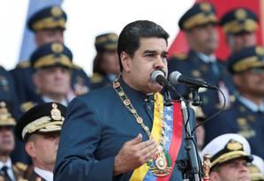 O presidente da Venezuela, Nicolás Maduro, discursa durante uma parada militar em Maracay, na Venezuela Foto: HANDOUT / REUTERS