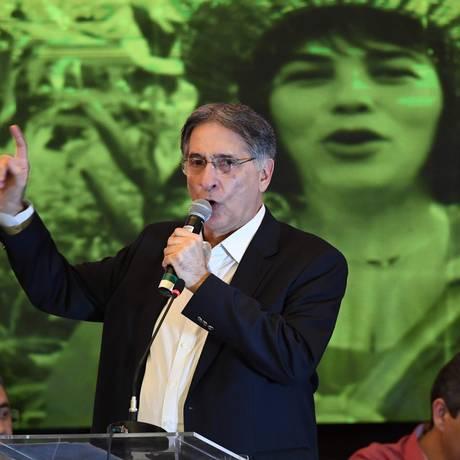 Governador de Minas, Fernando Pimentel, no Congresso do PT. Foto: Evaristo Sá / APF