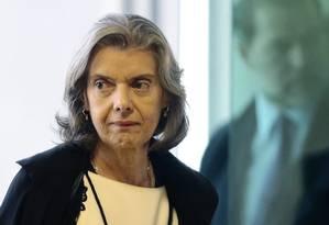 A ministra Cármen Lúcia chega para sessão do Supremo Tribunal Federal Foto: Jorge William/Agência O Globo