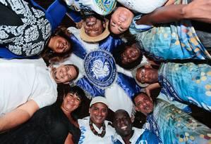 Integrantes da Mocidade Unida da Cidade de Deus. Escola vai homenagear Arnaldo Niskier Foto: Brenno Carvalho / Agência O Globo