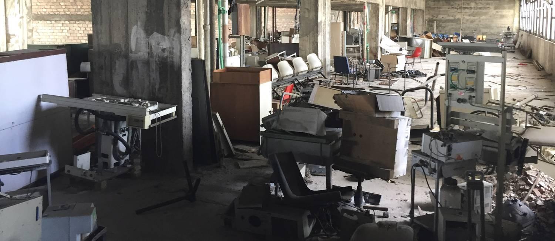 Hospital do Fundão: parte do sexto andar do prédio é usada como depósito Foto: Márcia Foletto / Agência O Globo
