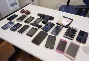 Suspeitos e vítimas de roubos de celulares têm perfis distintos de idade, sexo e cor da pele Foto: Thiago Freitas / Agência O Globo