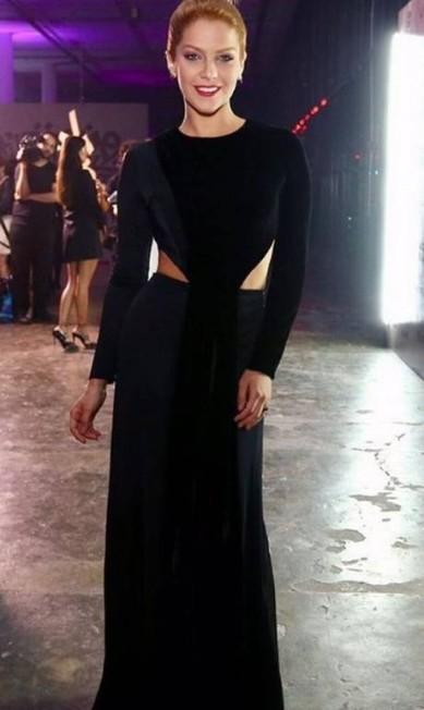 Isabella Santoni também escolheu vestido Forum para o evento Reprodução Instagram