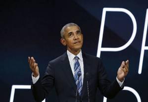 O ex-presidente americano, Barack Obama, participou de fórum empresarial em Paris Foto: Thibault Camus / AP