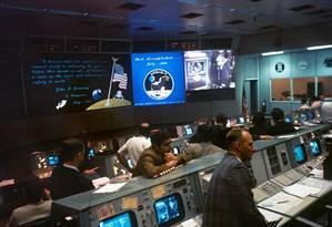 A sala de controle da Nasa onde coordenou-se a chegada do homem à Lua em 1969 Foto: Nasa