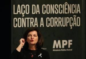 A procuradora-geral da República, Raquel Dodge, durante seu discurso em evento contra a corrupção Foto: Ailton de Freitas / O Globo