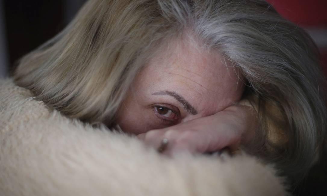 Professora de biologia, Mary passou a faltar ao trabalho com pânico após ser hostilizada por alunos: 71% dos docentes ouvidos por pesquisa relataram transtornos mentais Foto: Marcos Alves