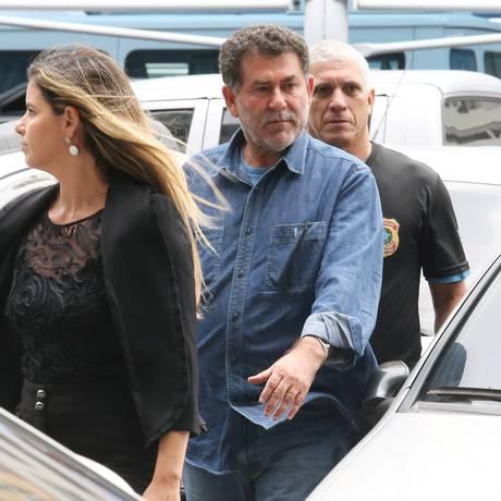 O deputado estadual Paulo Melo(PMDB-RJ) chega à Policia Federal Foto: Guilherme Pinto / Guilherme Pinto/Agência O Globo/21-11-2017