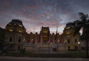 O Palácio Guanabara, sede do governo do estado do Rio Foto: Alexandre Cassiano / Agência O Globo