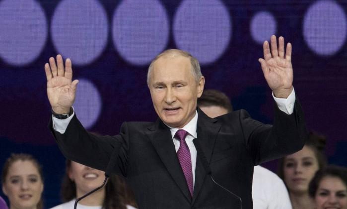 Putin confirma recandidatura às eleições presidenciais de 2018