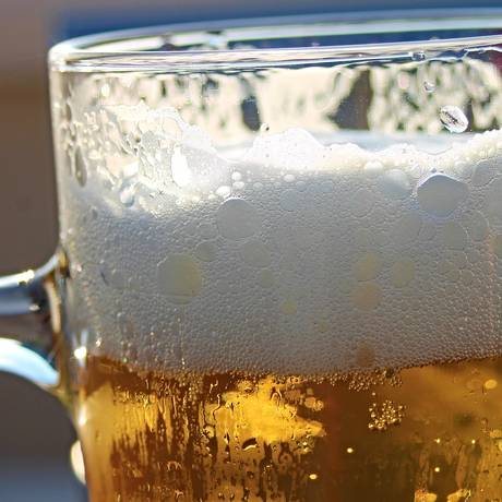Cerveja foi usada no experimento por possuir tecnologia de produção em escala industrial Foto: PIXABAY