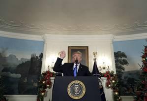O presidente americano, Donald Trump, discursa na Casa Branca Foto: Evan Vucci / AP