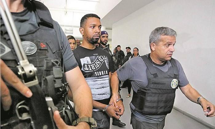 Prisão de chefe da Rocinha pouco abala o tráfico no Rio