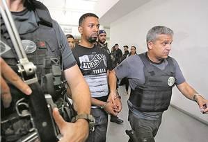 O traficante Rogério 157 na Cidade da Polícia Foto: Fabiano Rocha / Agência O Globo