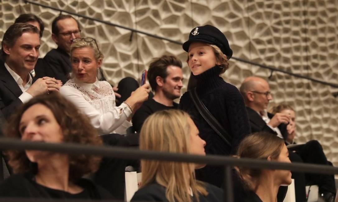 Hudson Kroenig desfila para a Chanel na Filarmônica de Elba, em Hamburgo, Alemanha... Markus Schreiber / AP
