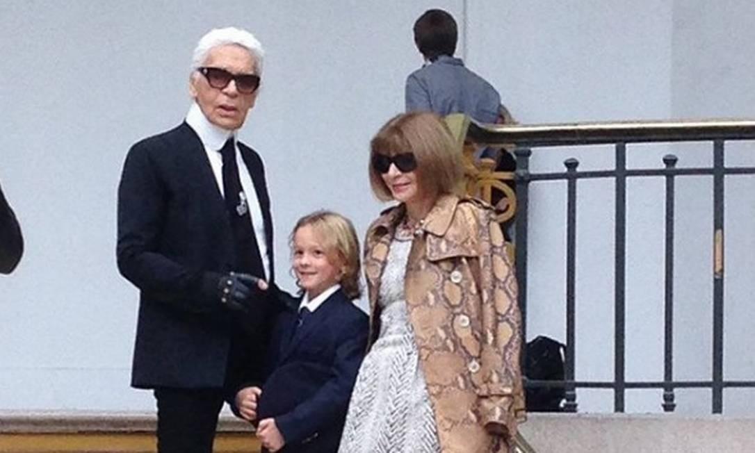 Hudson Kroenig com Karl Lagerfeld e Anna Wintour Reprodução Instagram / @hk0712