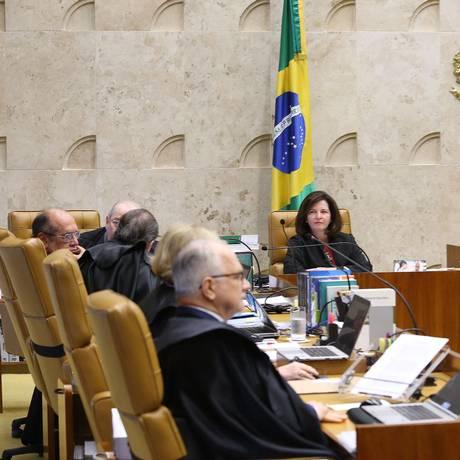 Supremo julga poder das assembleias de revogar prisão de parlamentares Foto: Ailton de Freitas / Agência O Globo